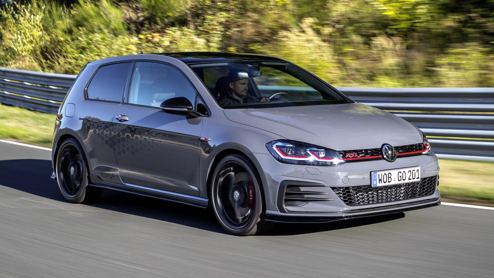 prijs volkswagen golf gti tcr is bekend topgear. Black Bedroom Furniture Sets. Home Design Ideas