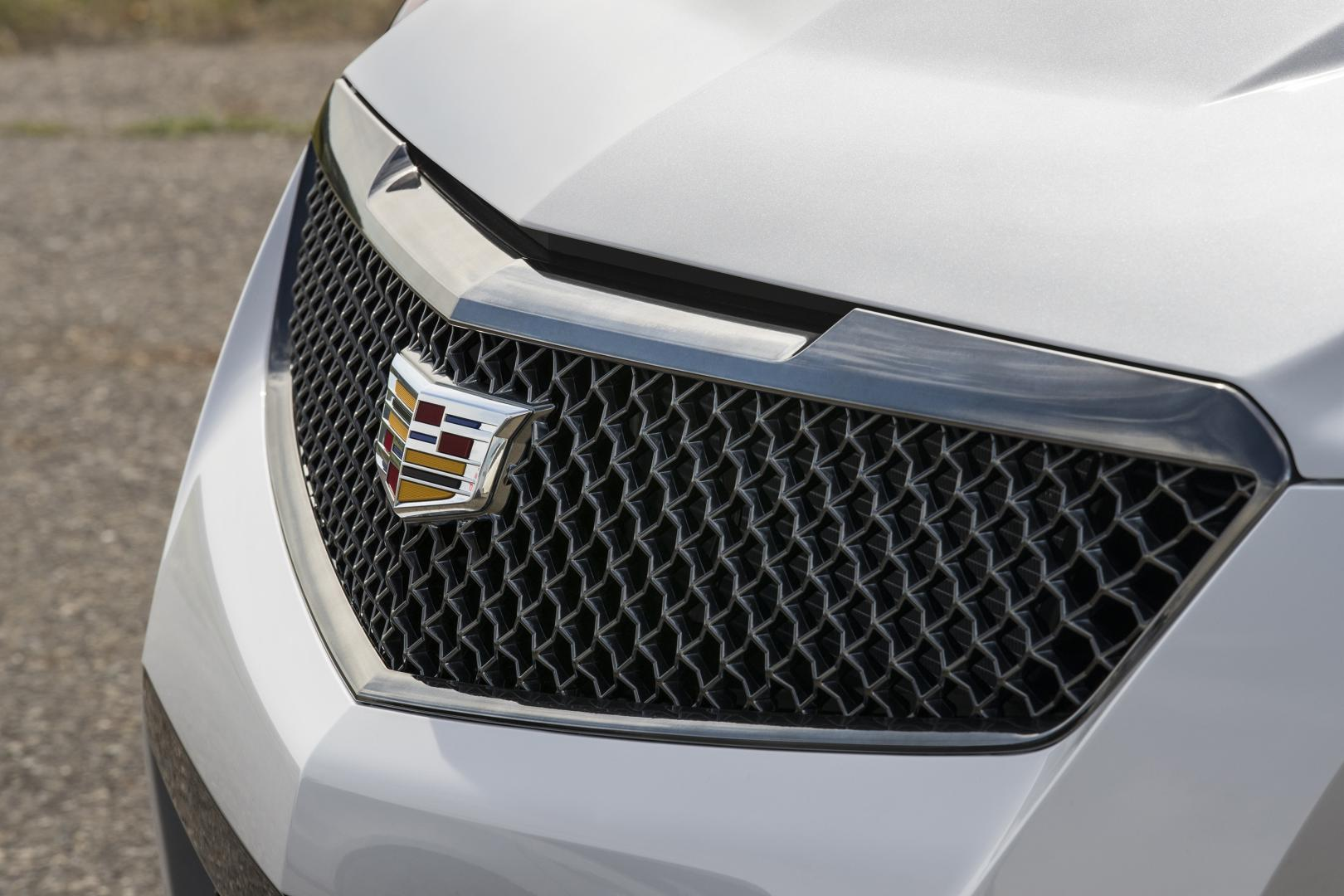 2017 Cadillac ATS-V grille