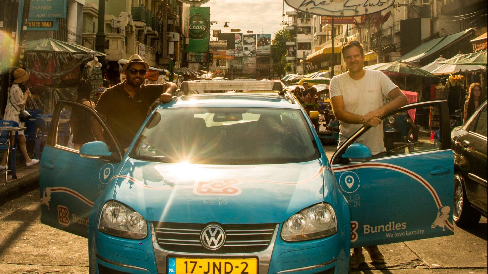 Elektrische Volkswagen Golf in Kaoh San Road