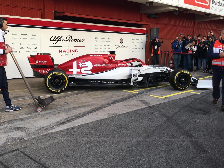 Alfa Romeo Racing C38Alfa Romeo Racing C38