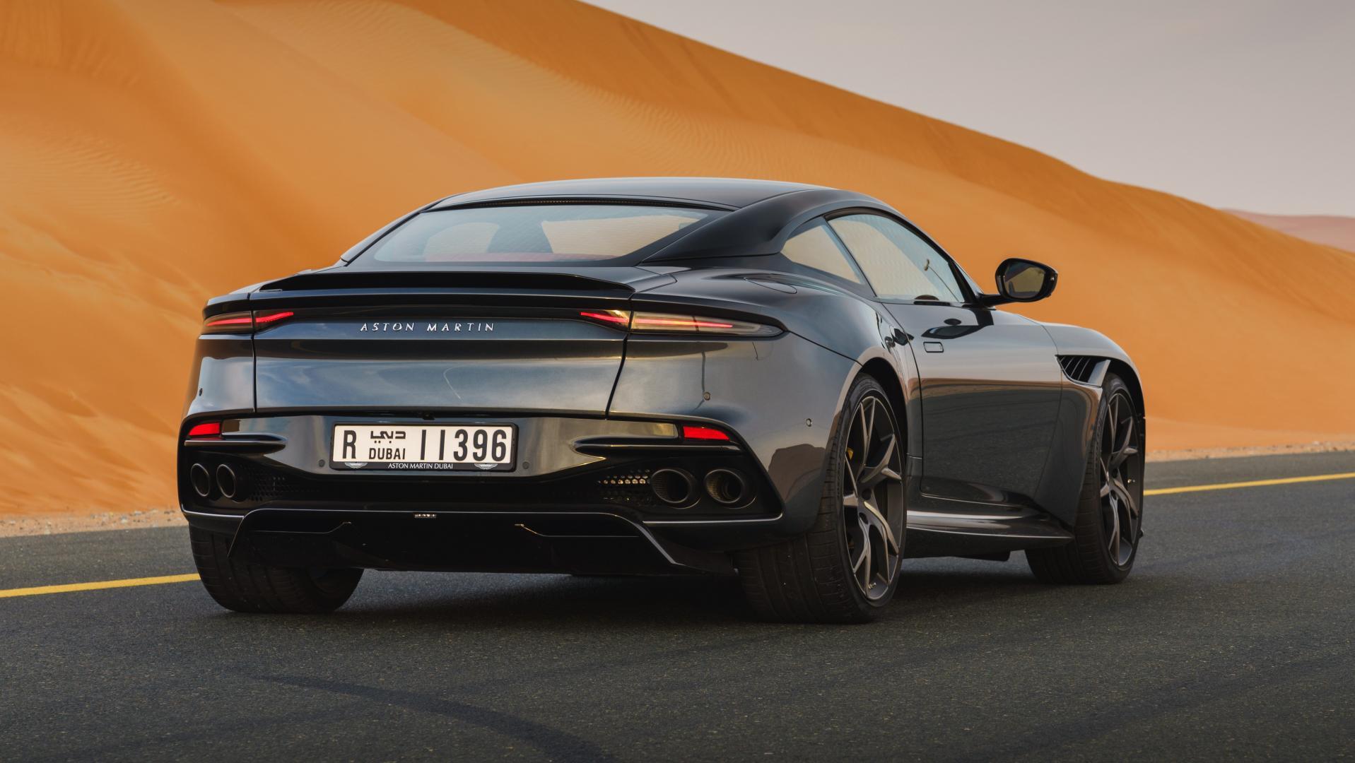 Aston Martin DBS Superlegerra van Max Verstappen
