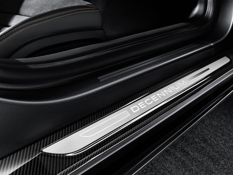 Audi R8 V10 Decennium 2019 instaplijsten