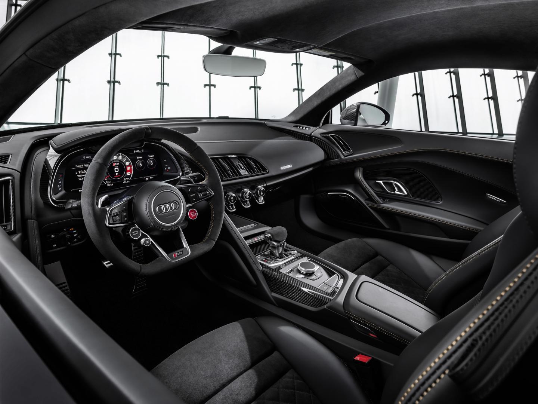 Audi R8 V10 Decennium 2019 interieur
