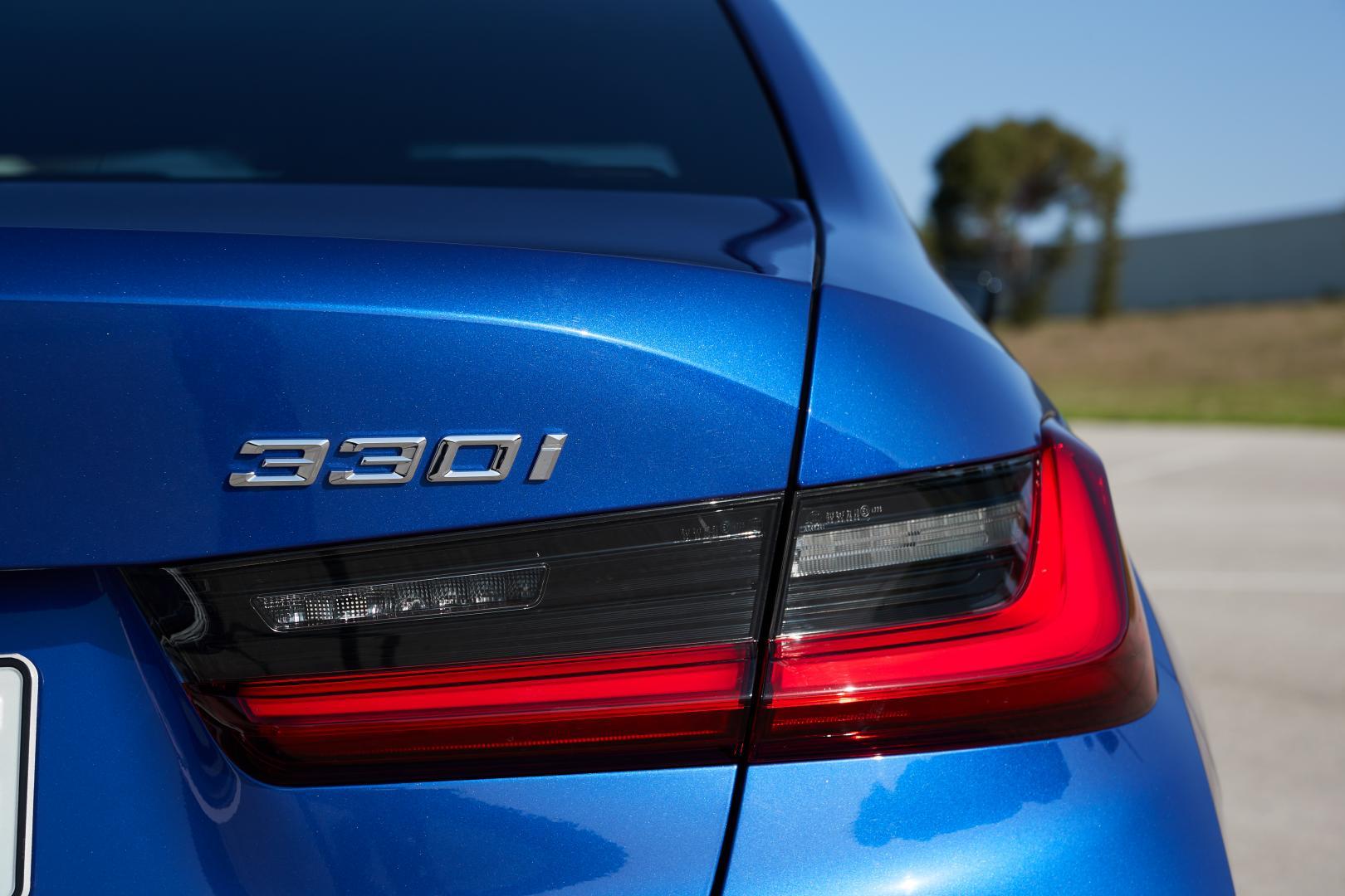 BMW 330i achterlicht