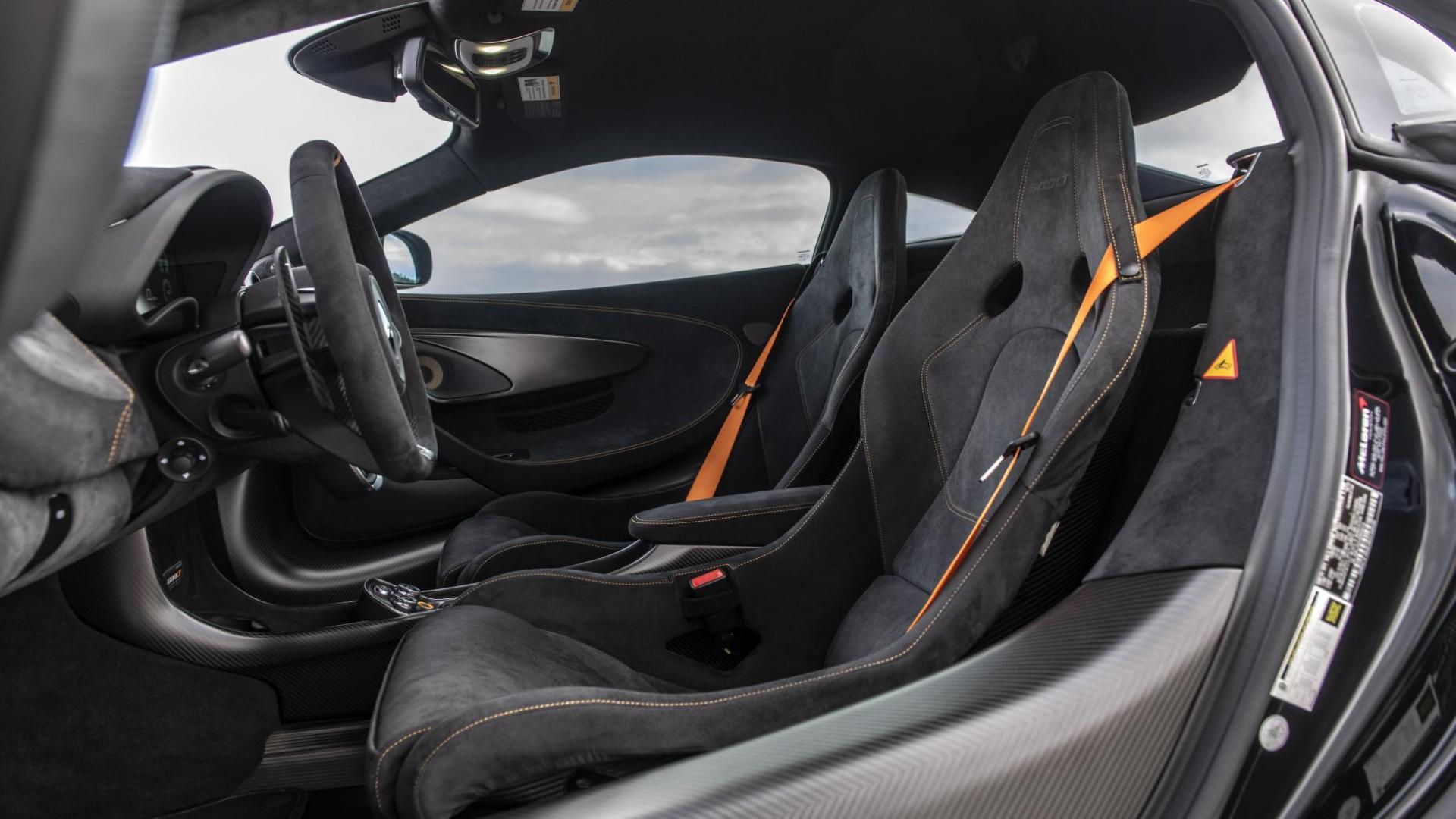 Hennessey McLaren 600LT interieur stoelen