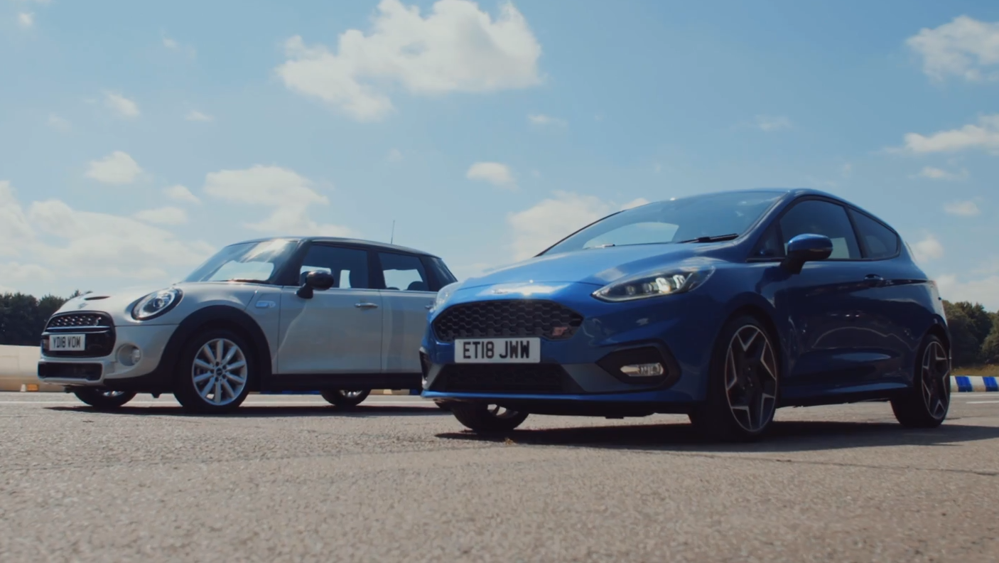 Ford Fiesta S vs. Mini Cooper S 5-deurs
