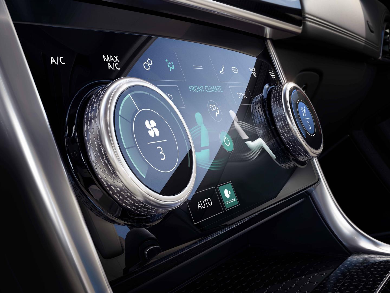 Jaguar XE Interieur 2019 scherm verwarming