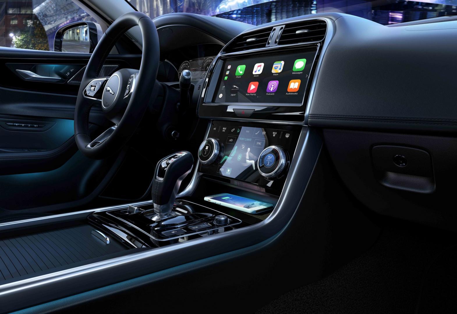 Jaguar XE Interieur 2019