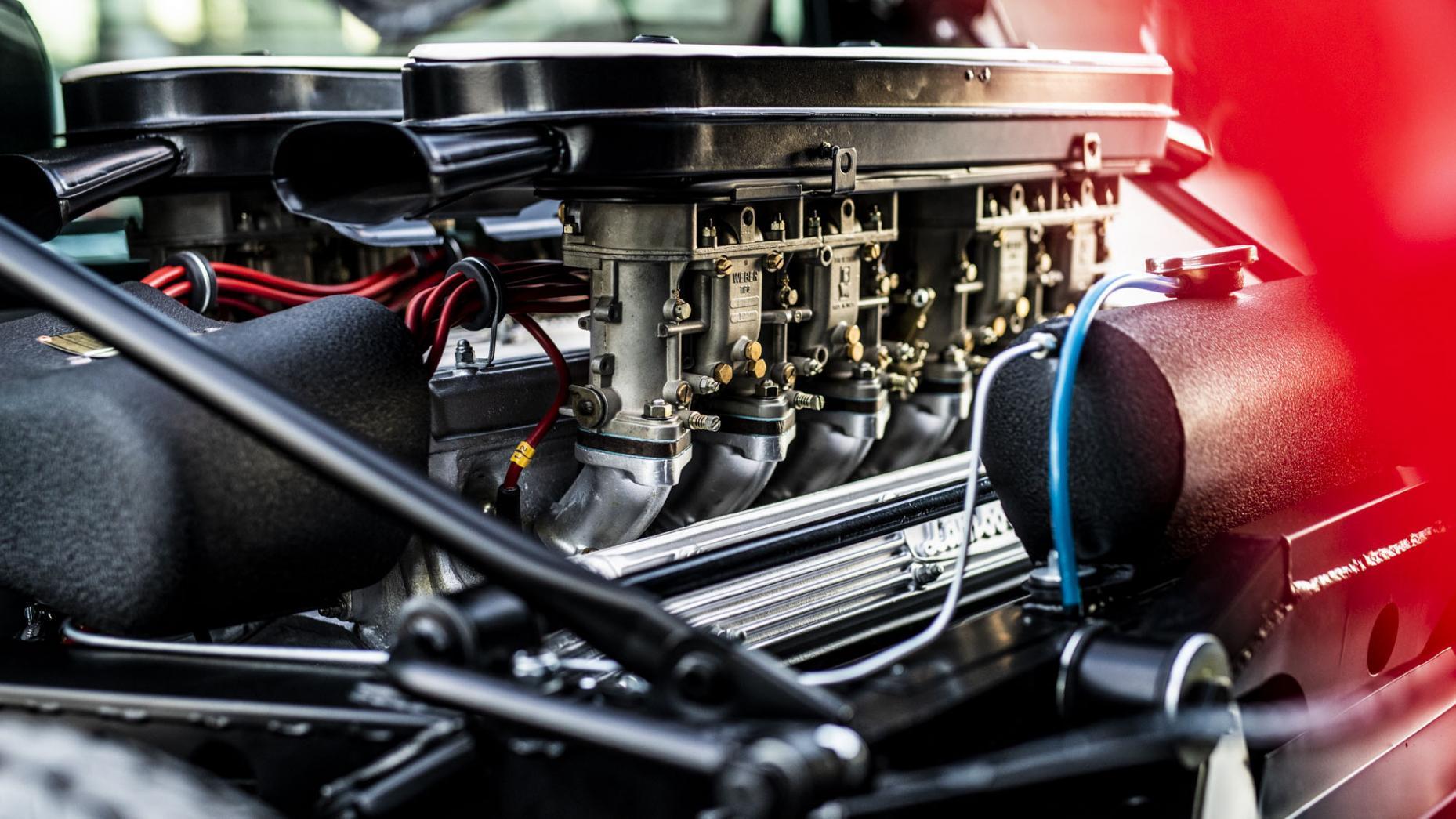 Lamborghini Miura SV Restauratie Motor