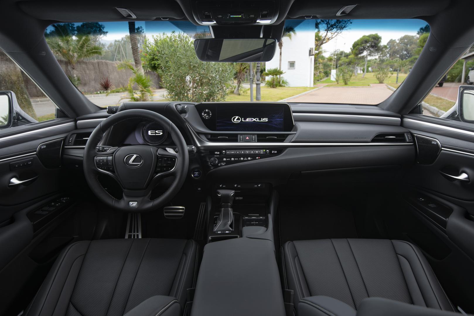 Lexus ES 300h F Sport Premium interieur
