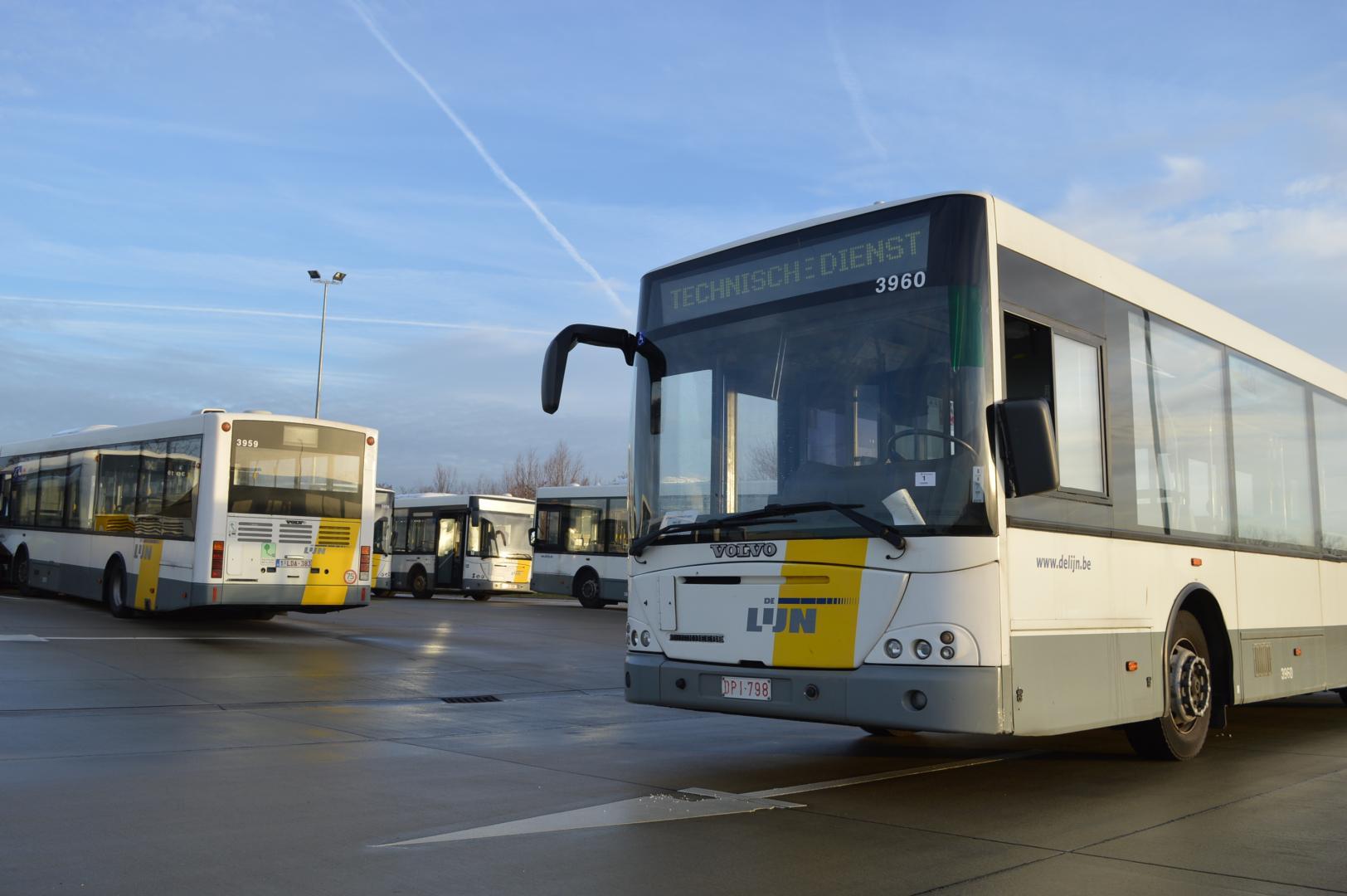 Je eigen camper bouwen? 30Belgische lijnbussen te koop voor v.a. €450
