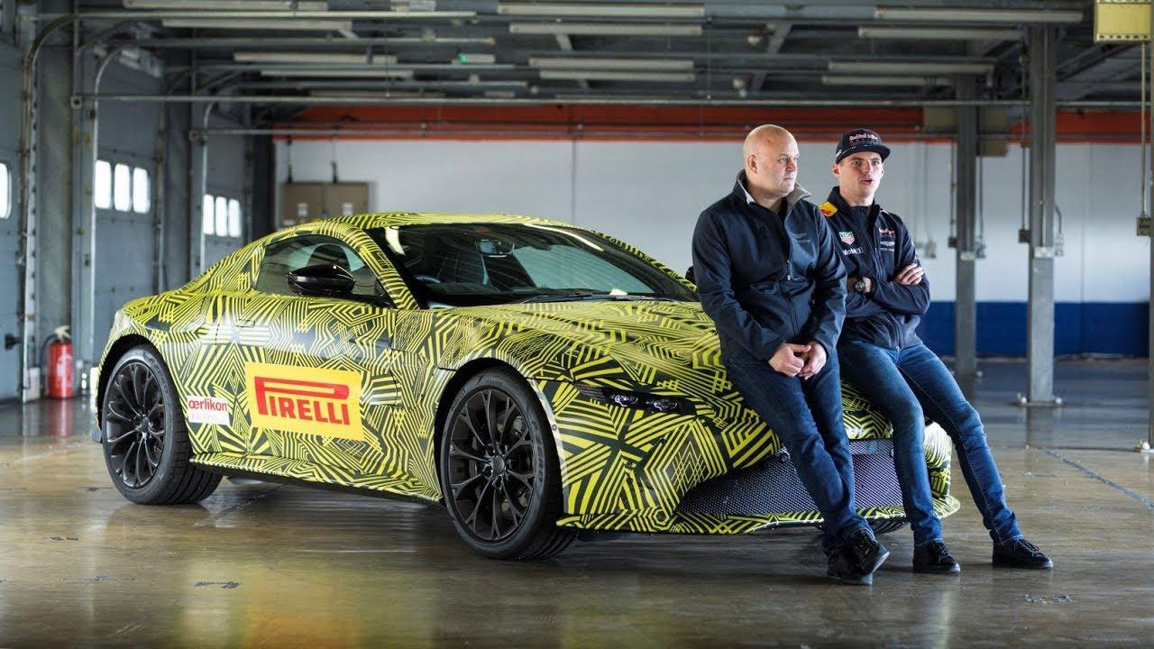 Aston Martin Vantage met Max Verstappen