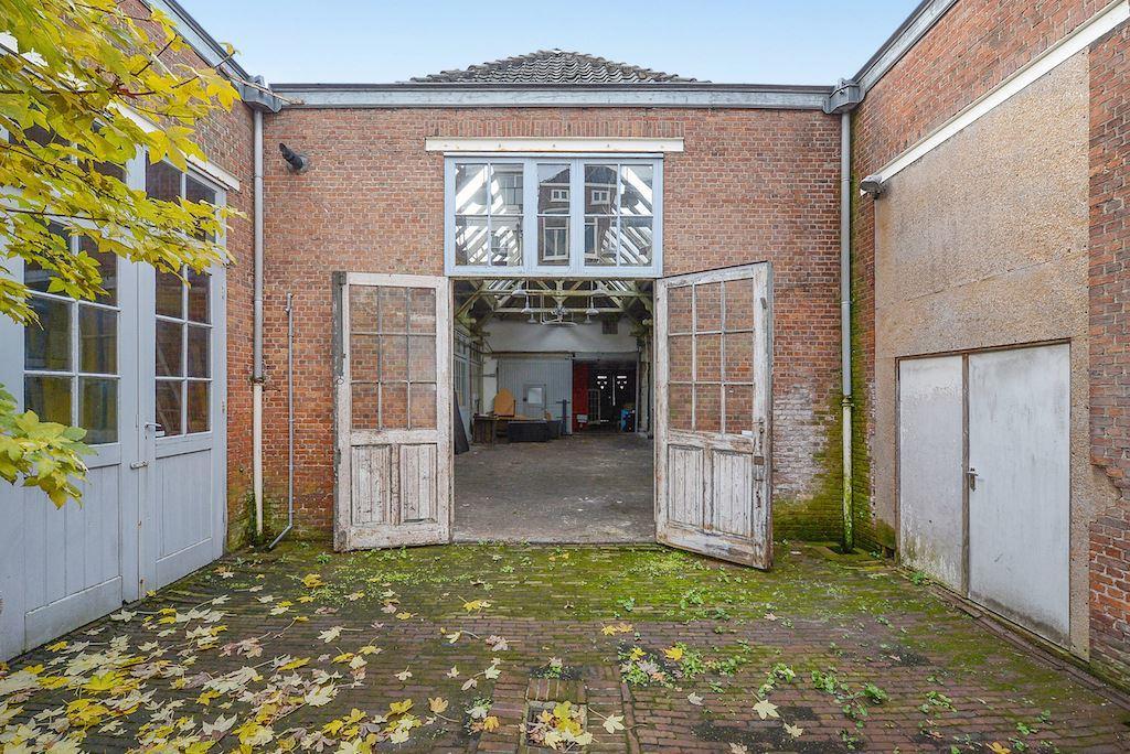oude rijtuigenfabrieoude rijtuigenfabriek in Den Haagk in Den Haag