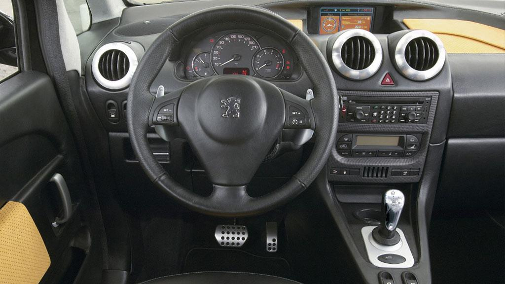 Peugeot 1007 RC interieur