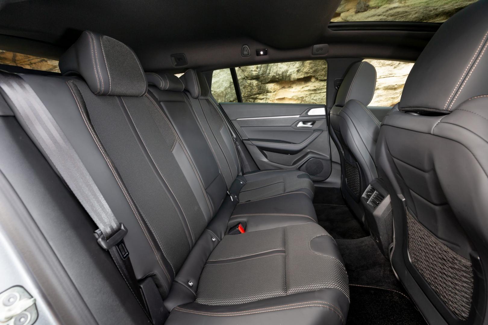 Peugeot 508 SW PureTech 180 GT-line interieur