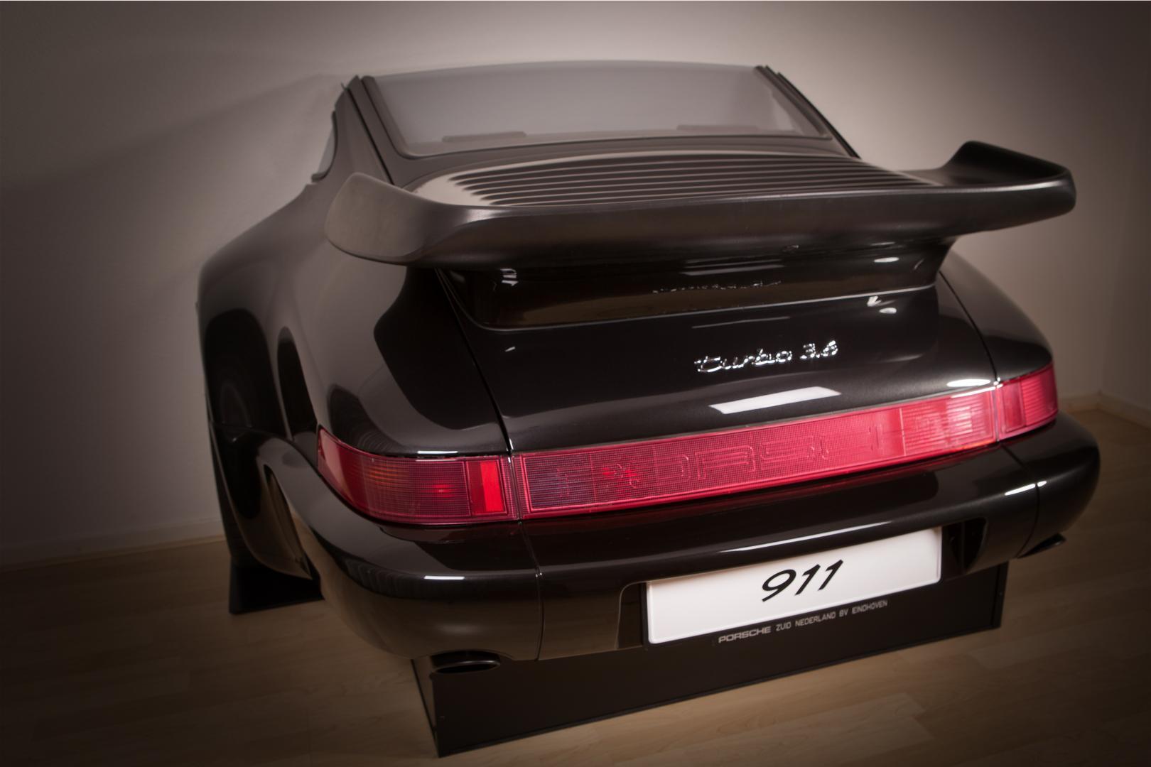 Porsche 911 Bar