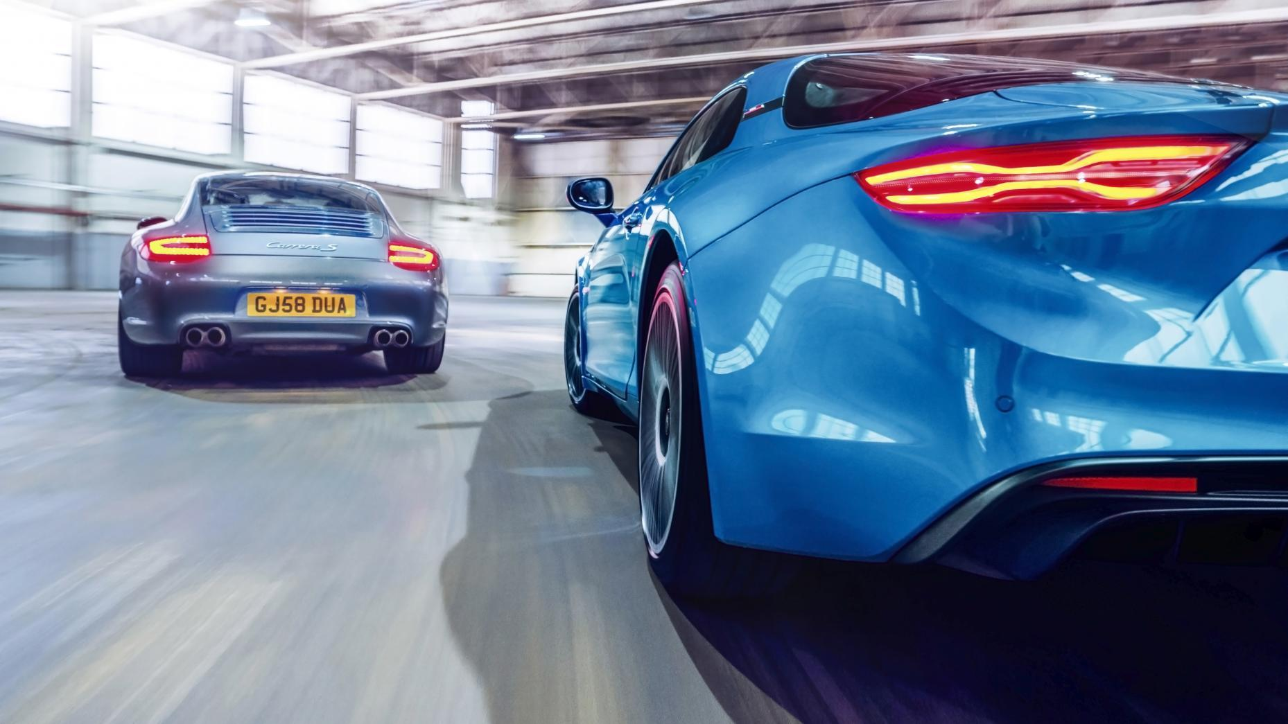 Porsche 911 Carrera S vs. Alpine A110