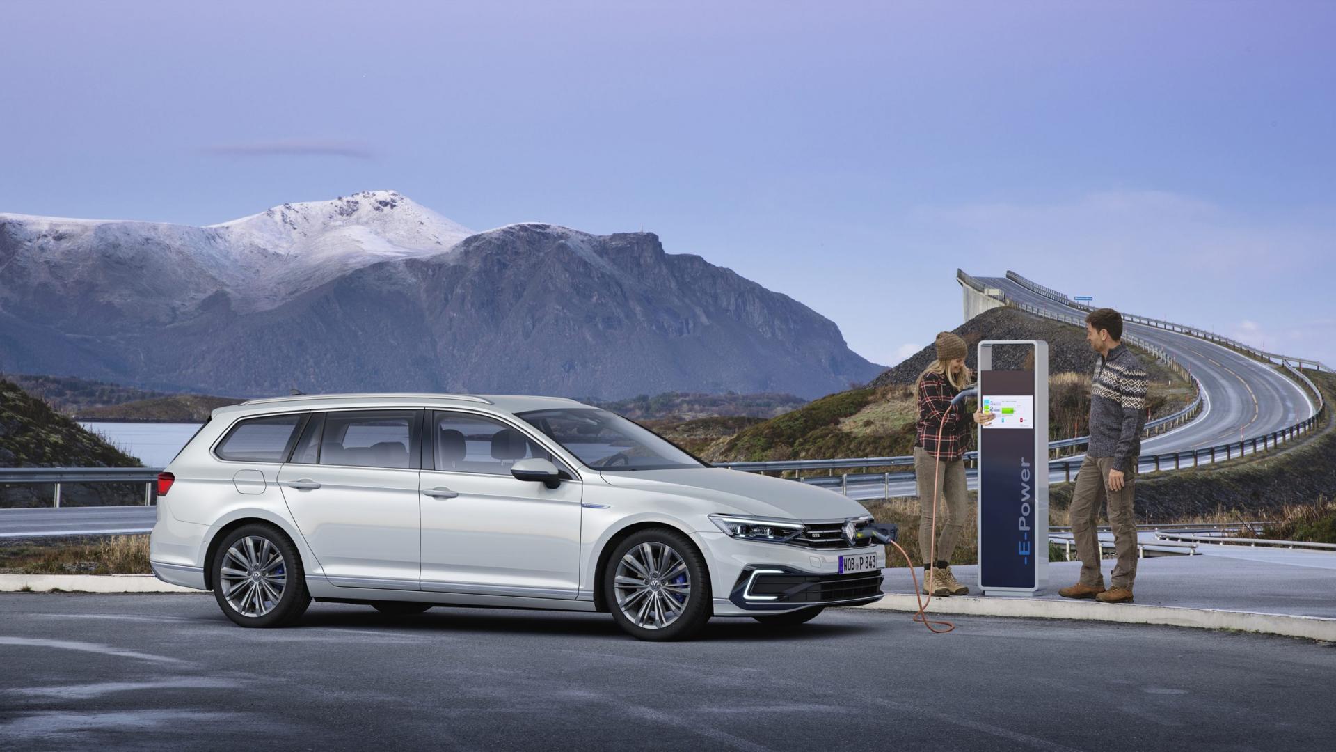 Volkswagen Passat GTE facelift 2019