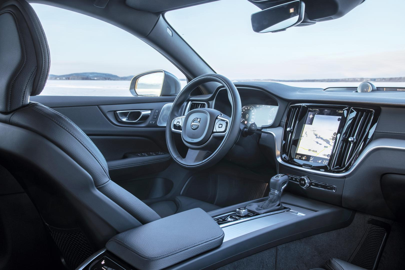 Volvo V60 Cross Country interieur dashboard