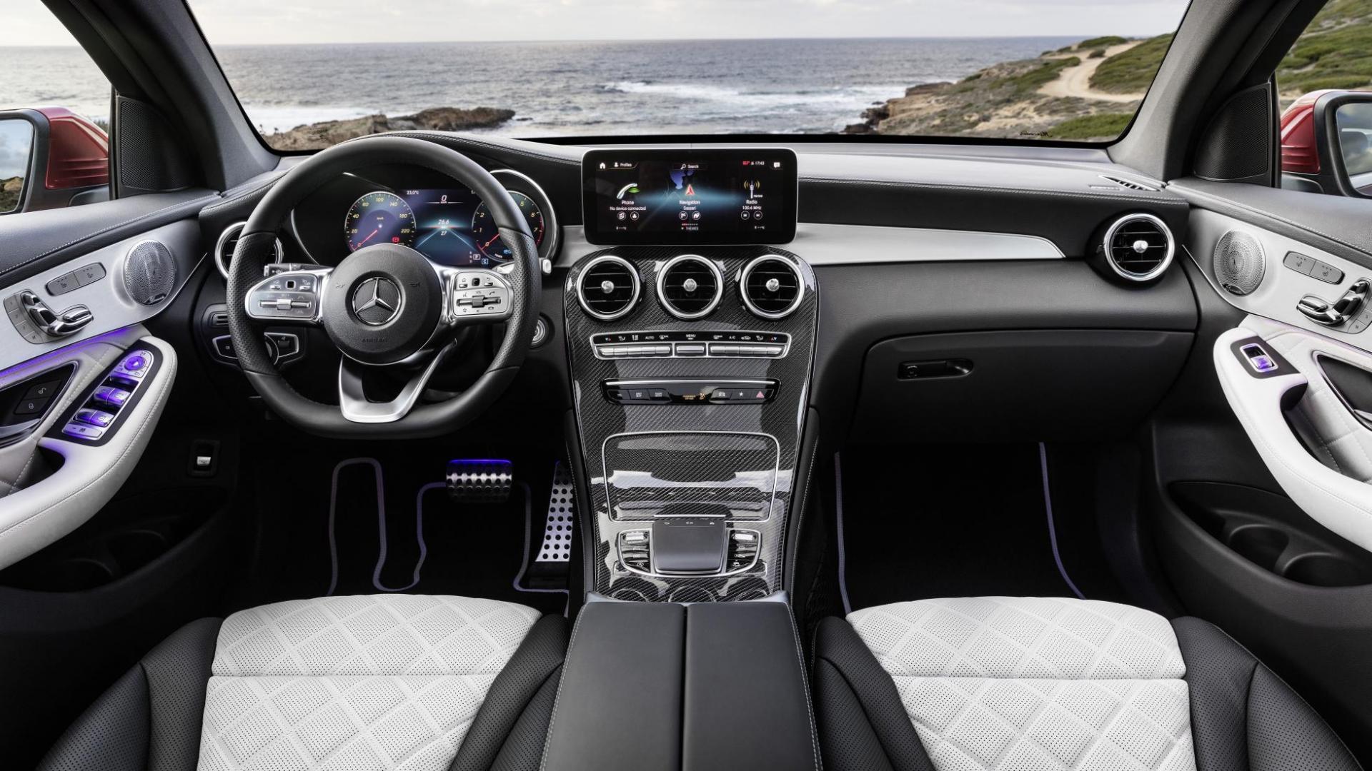 Mercedes GLC Coupé-facelift interieur dashboard