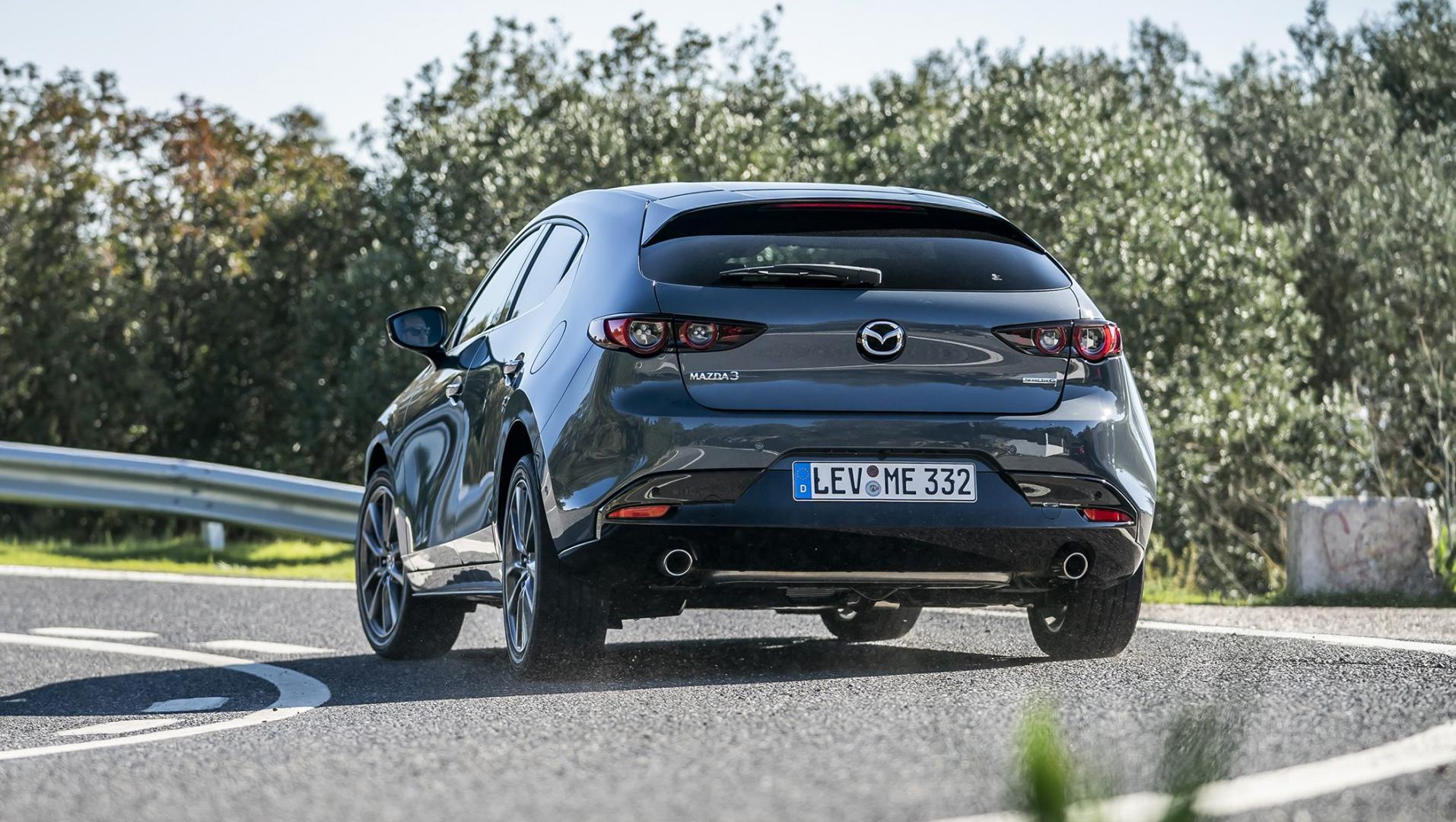 Mazda 3 2.0 SkyActiv-G 122 6MT Hatchback