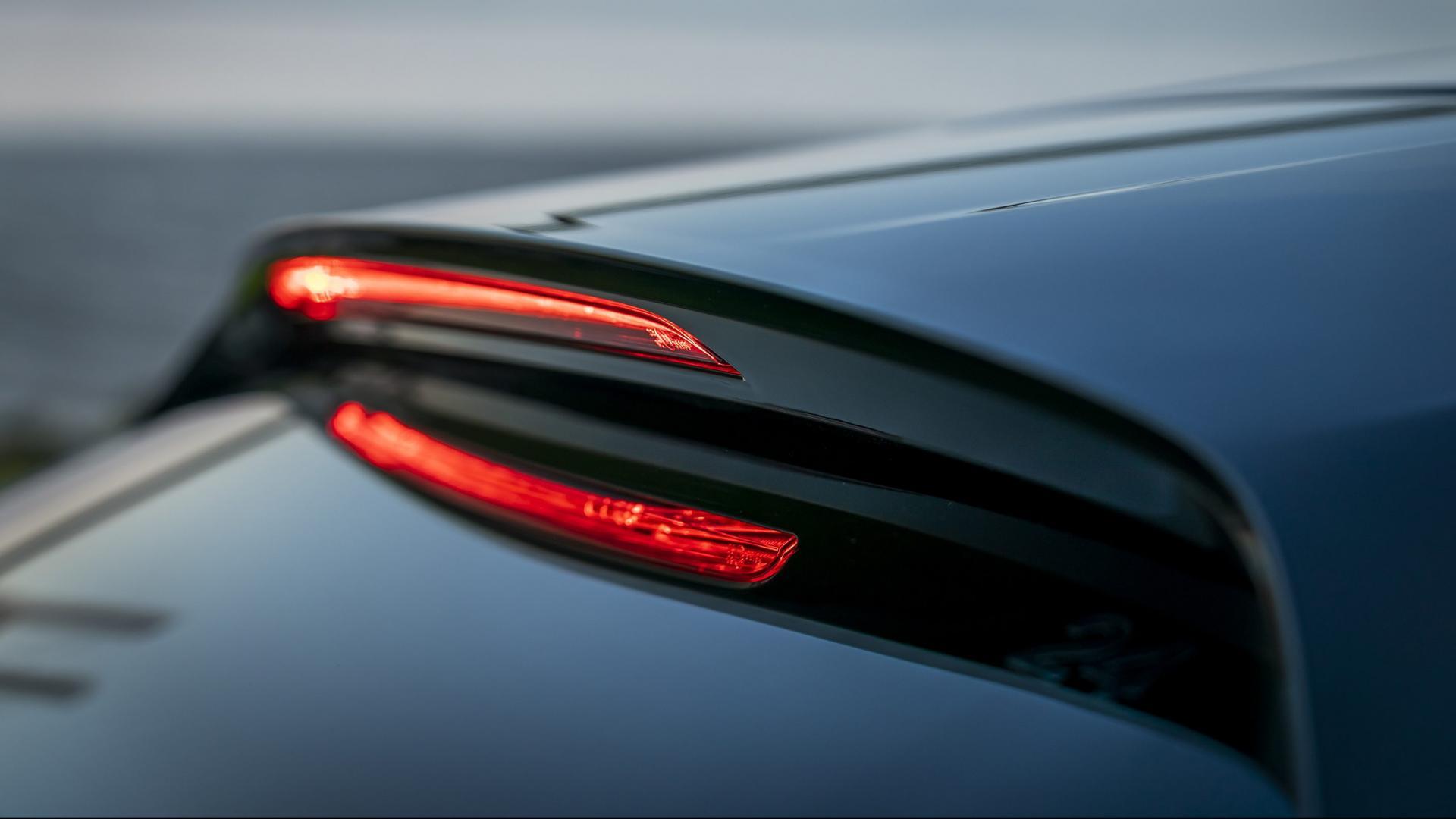 Mazda 3 2.0 SkyActiv-G 122 6MT Hatchback 3e remlicht