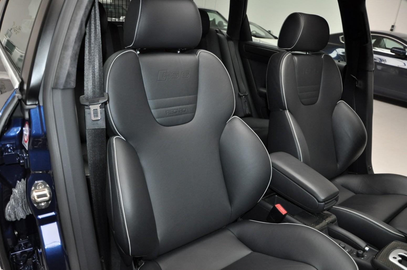 Gloednieuwe Audi RS 6 (C5) voorstoelen recaro