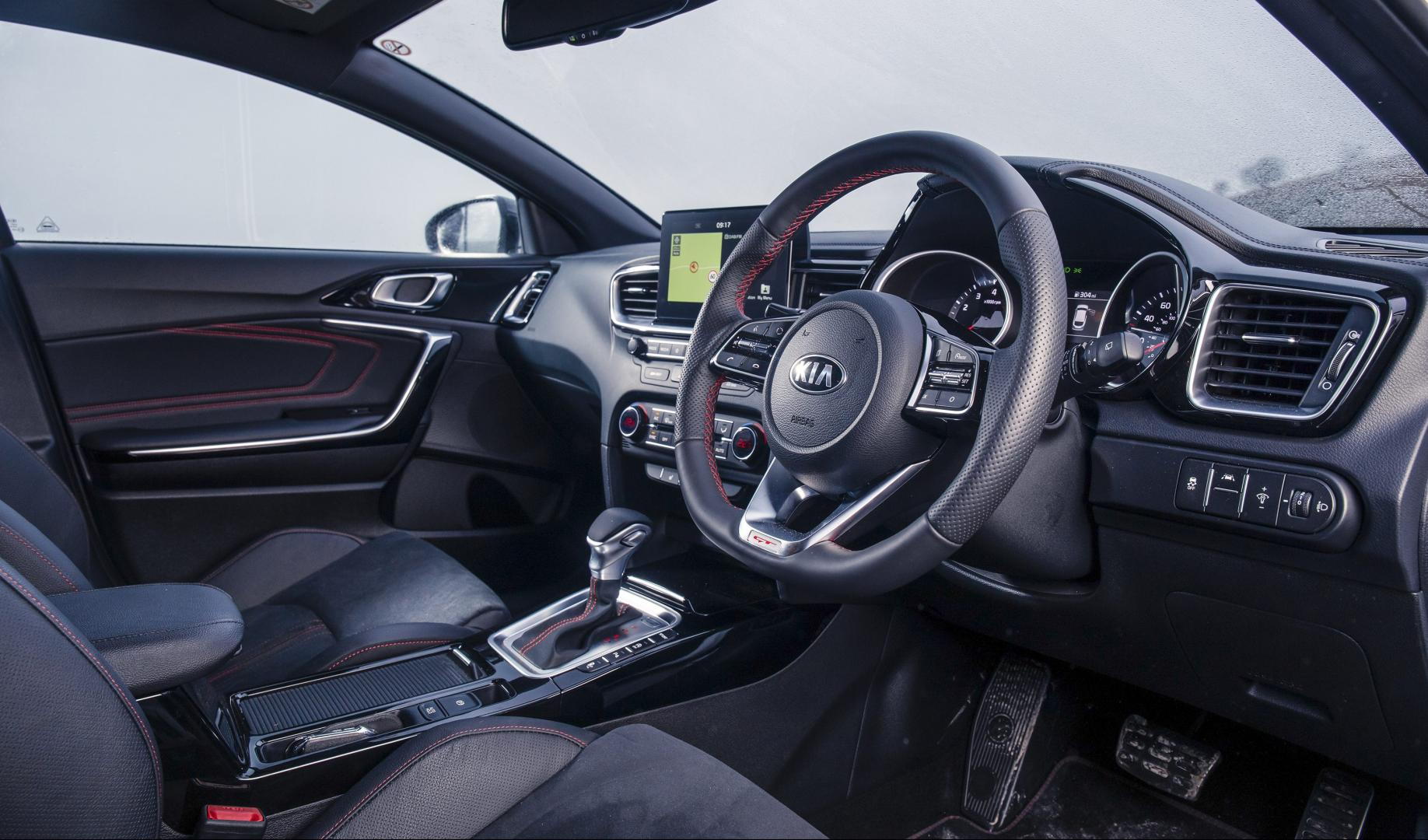 Kia Proceed GT interieur dashboard