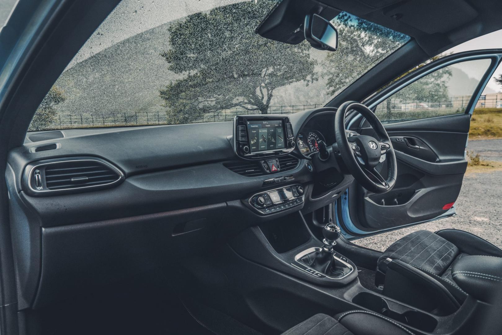Hyundai i30 N performance interieur dashboard