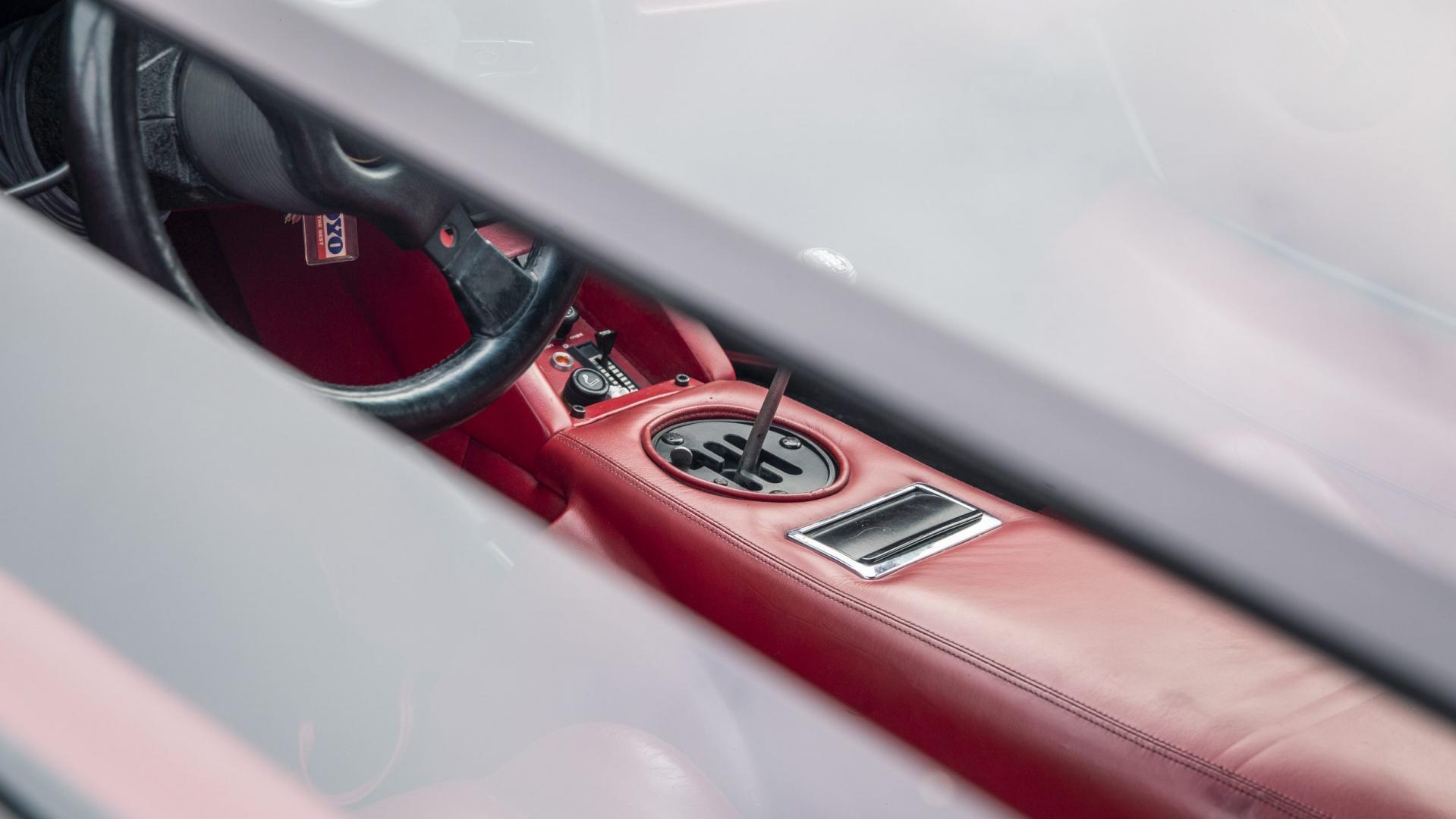 Lamborghini Countach 5000 QV interieur dashboard