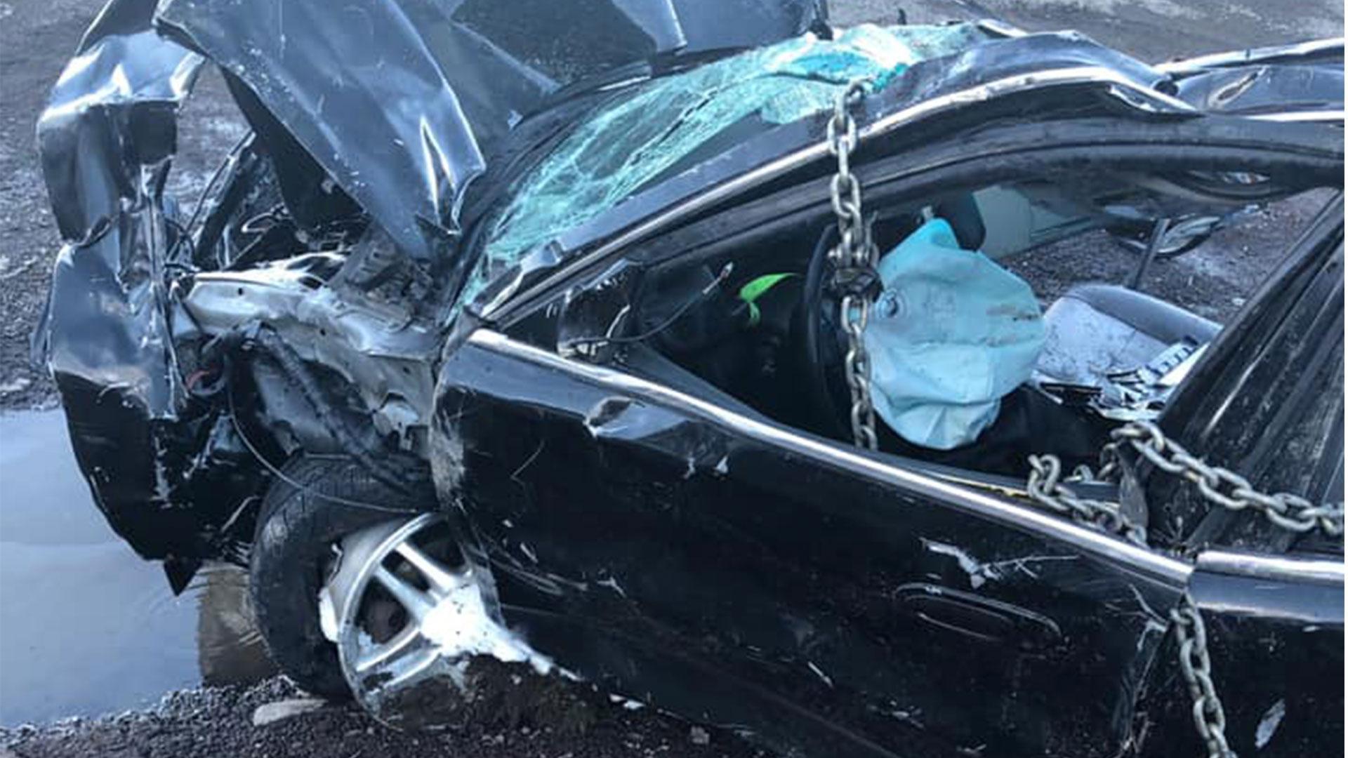 Iemand stapte ongedeerd uit deze Mazda