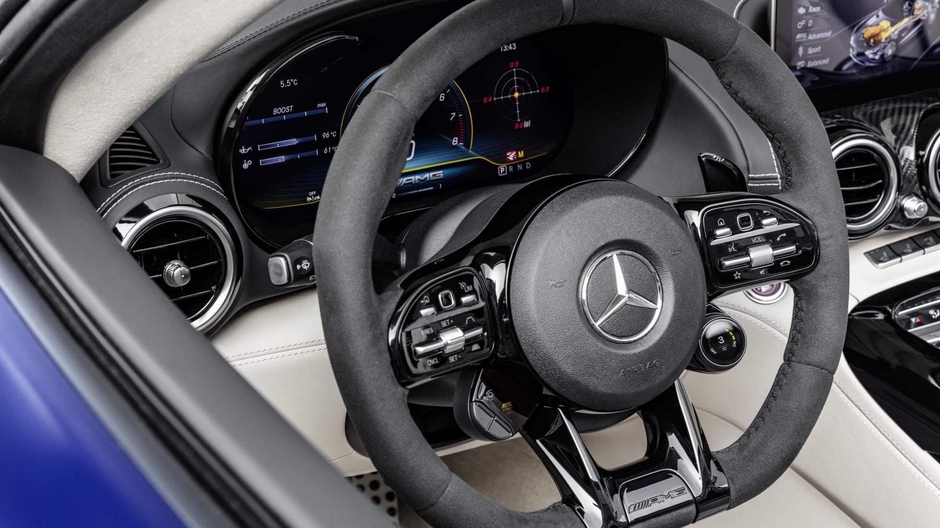 Mercedes-AMG GT R Roadster (2019) stuur
