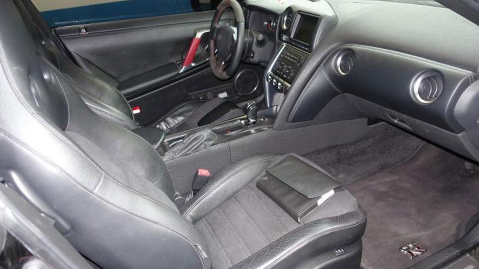 Nissan GT-R uit 2009 bij Domeinen