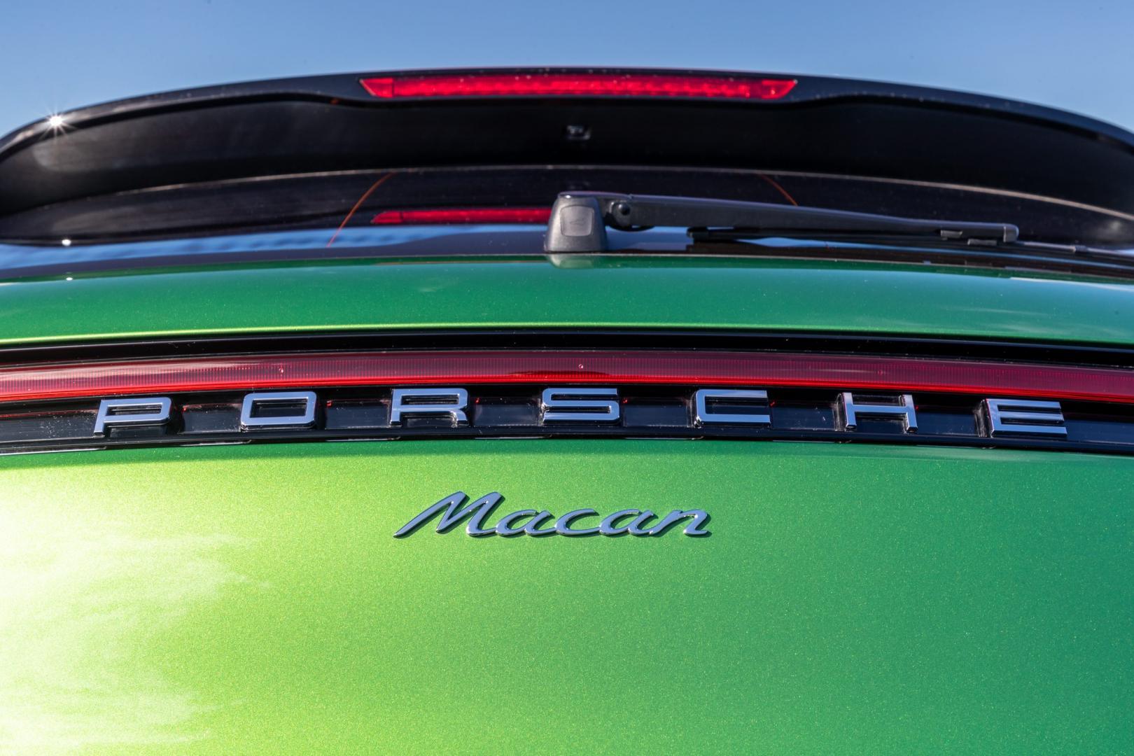 Porsche Macan 2019 remlicht badge