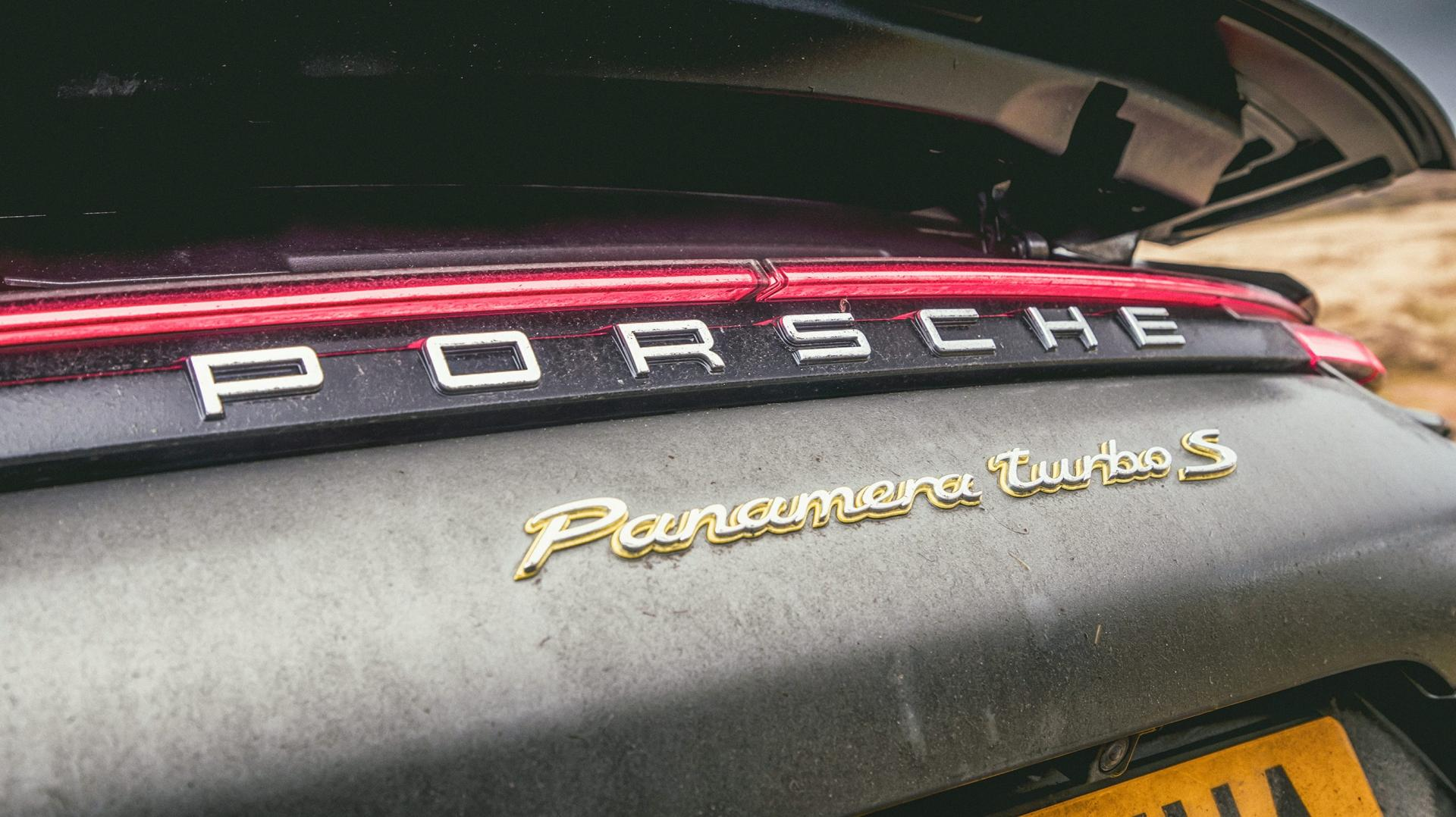 Porsche Panamera Turbo S E-Hybrid badge
