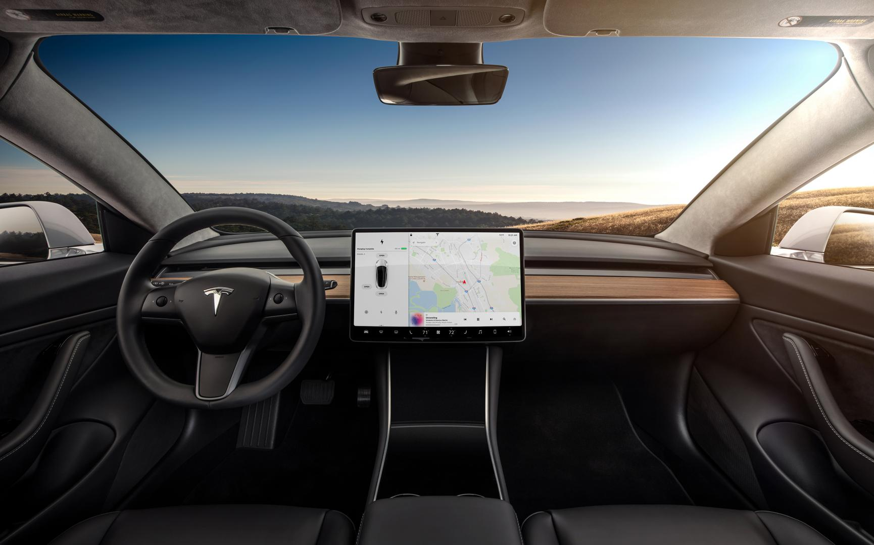 Tesla Model 3 Performance interieur dashboard