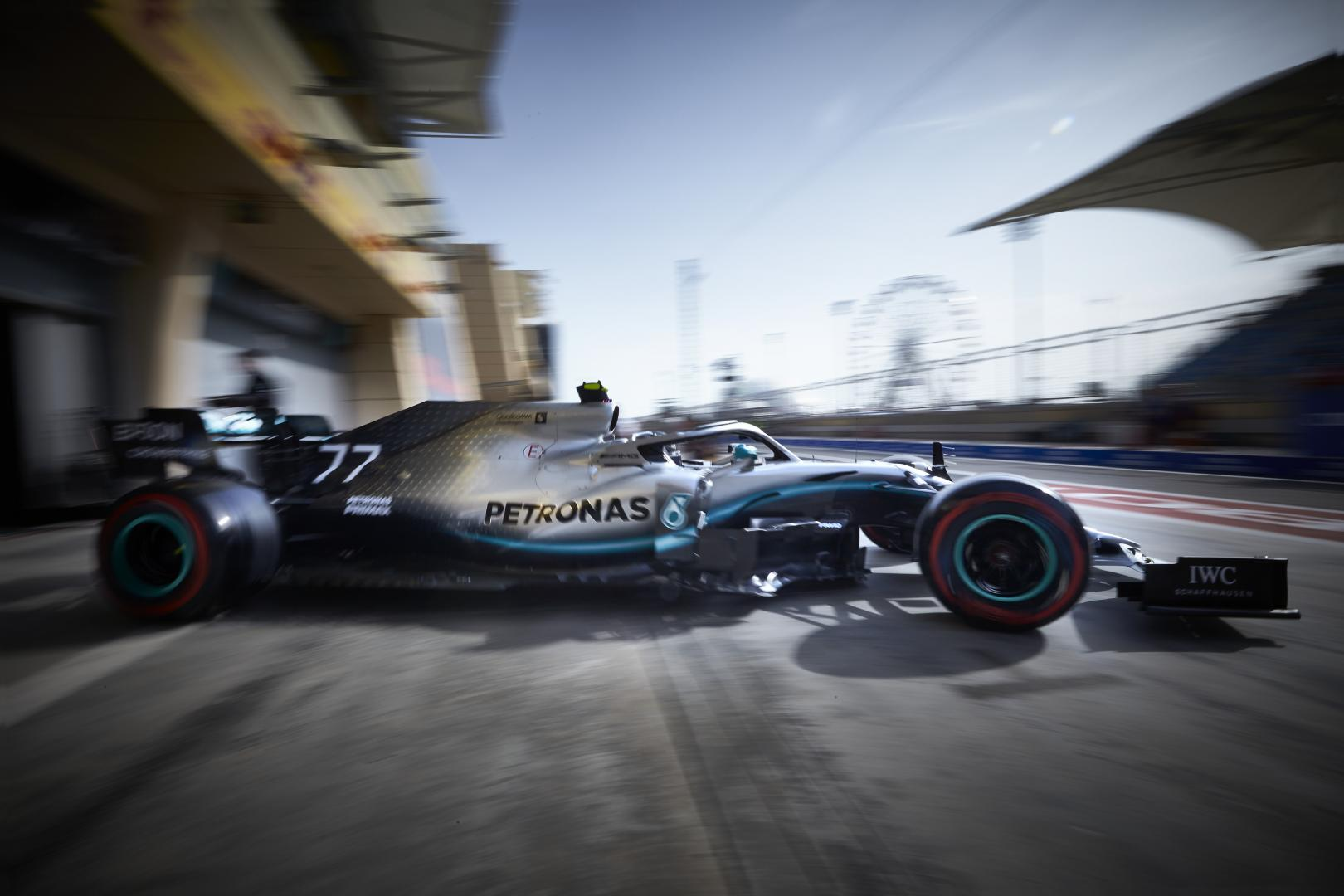 1e en 2e vrije training gp van china 2019 mercedes amg Shanghai