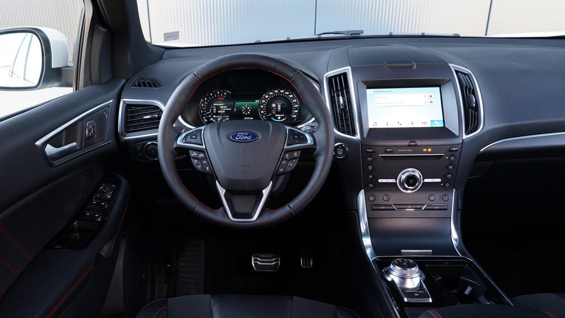 Ford Edge interieur