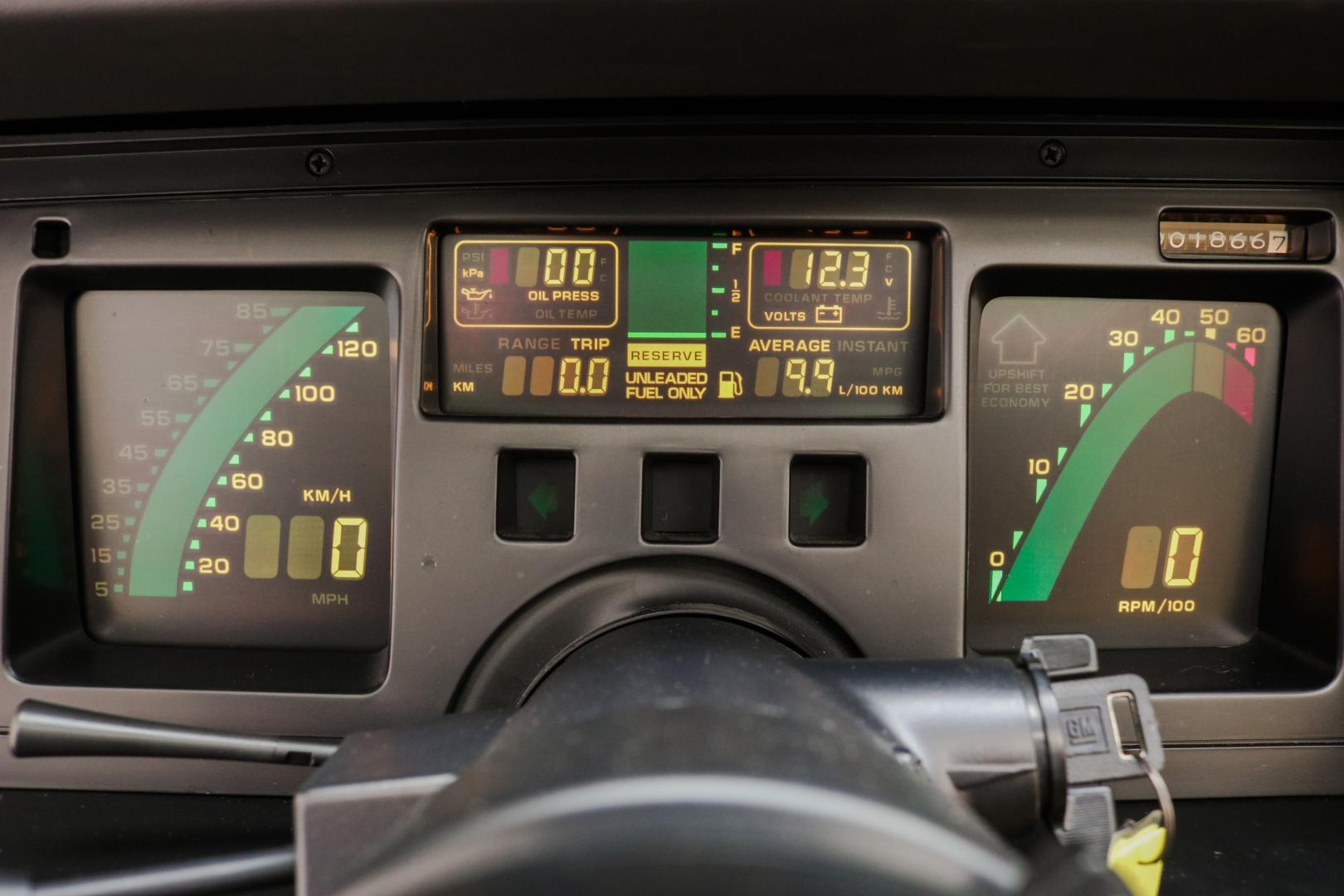 Chevrolet Corvette Pace Car Edition digitaal dashboard tellers