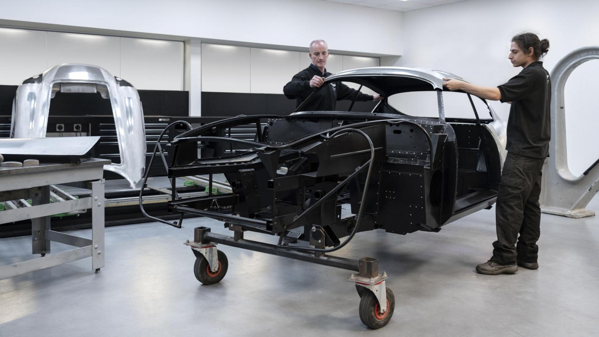 DB4 GT Zagato Productie