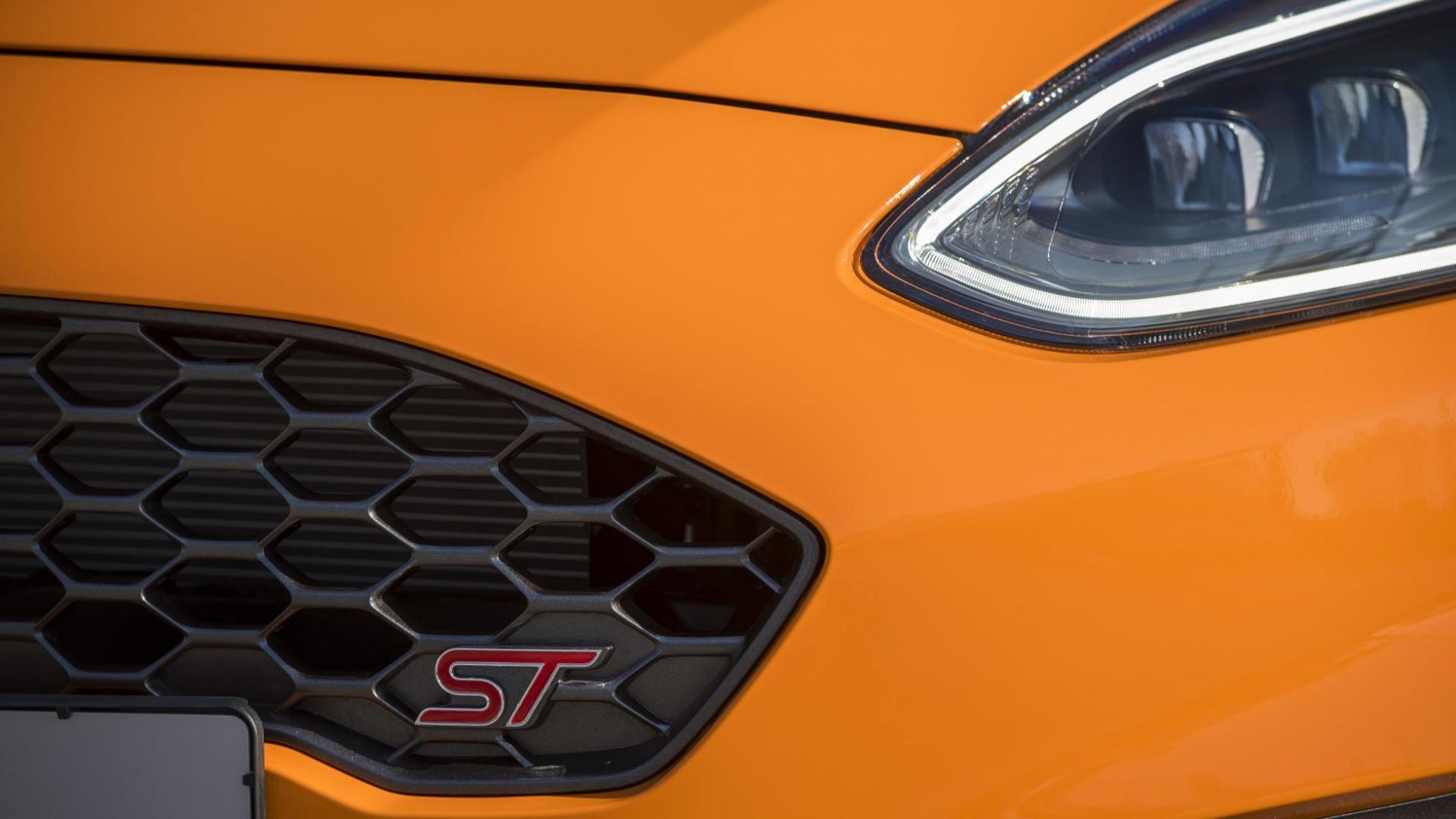 Ford Fiesta ST Performance Edition koplamp