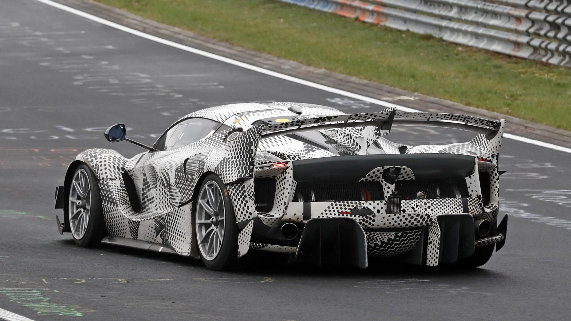 Gecamoufleerde Ferrari FXX K Evo