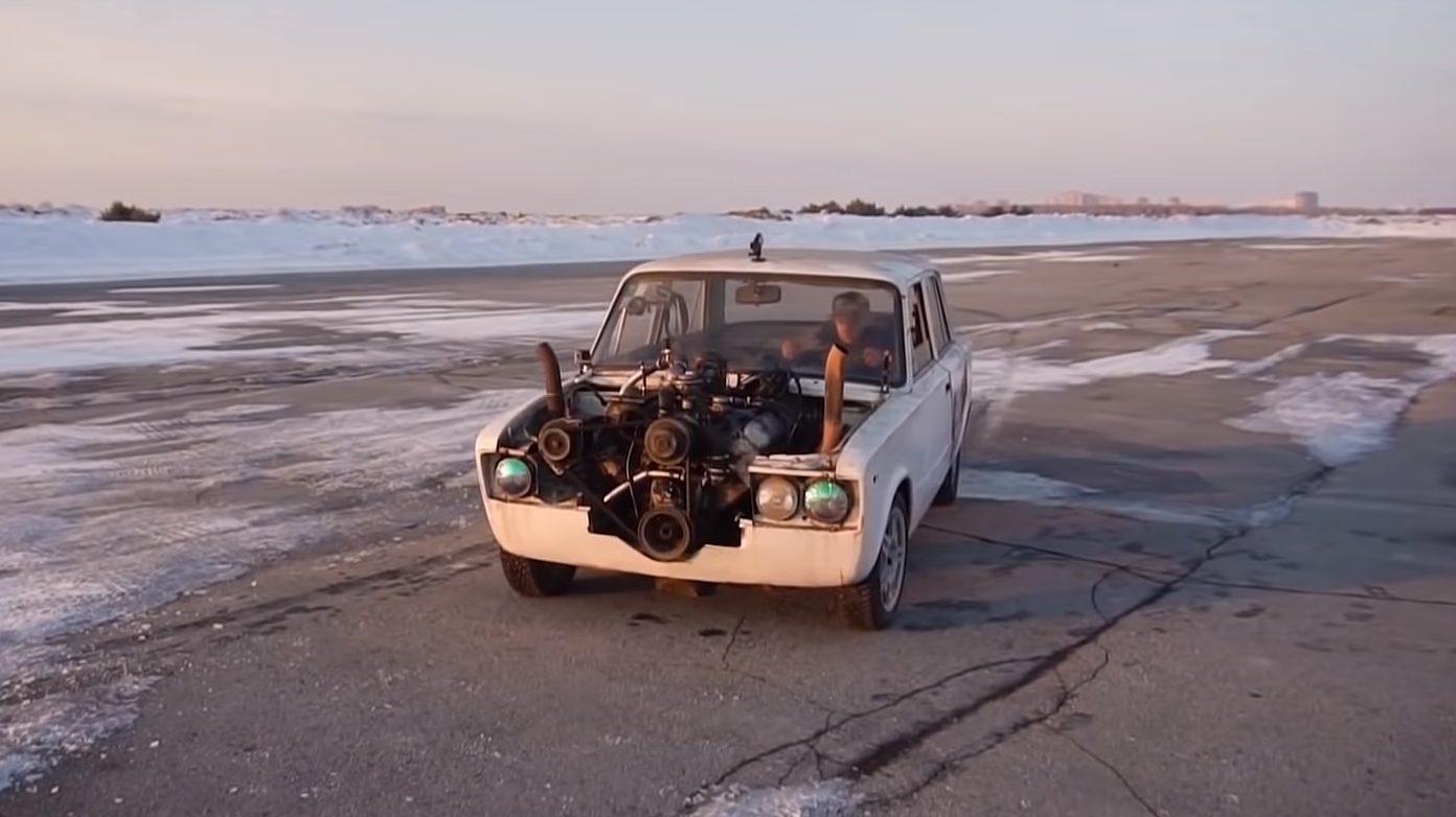 Ladzilla - Lada Niva 7,0-liter motor