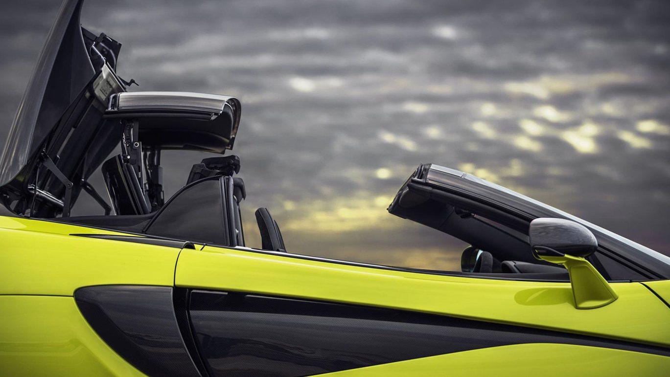 McLaren 600LT Spider detail dak
