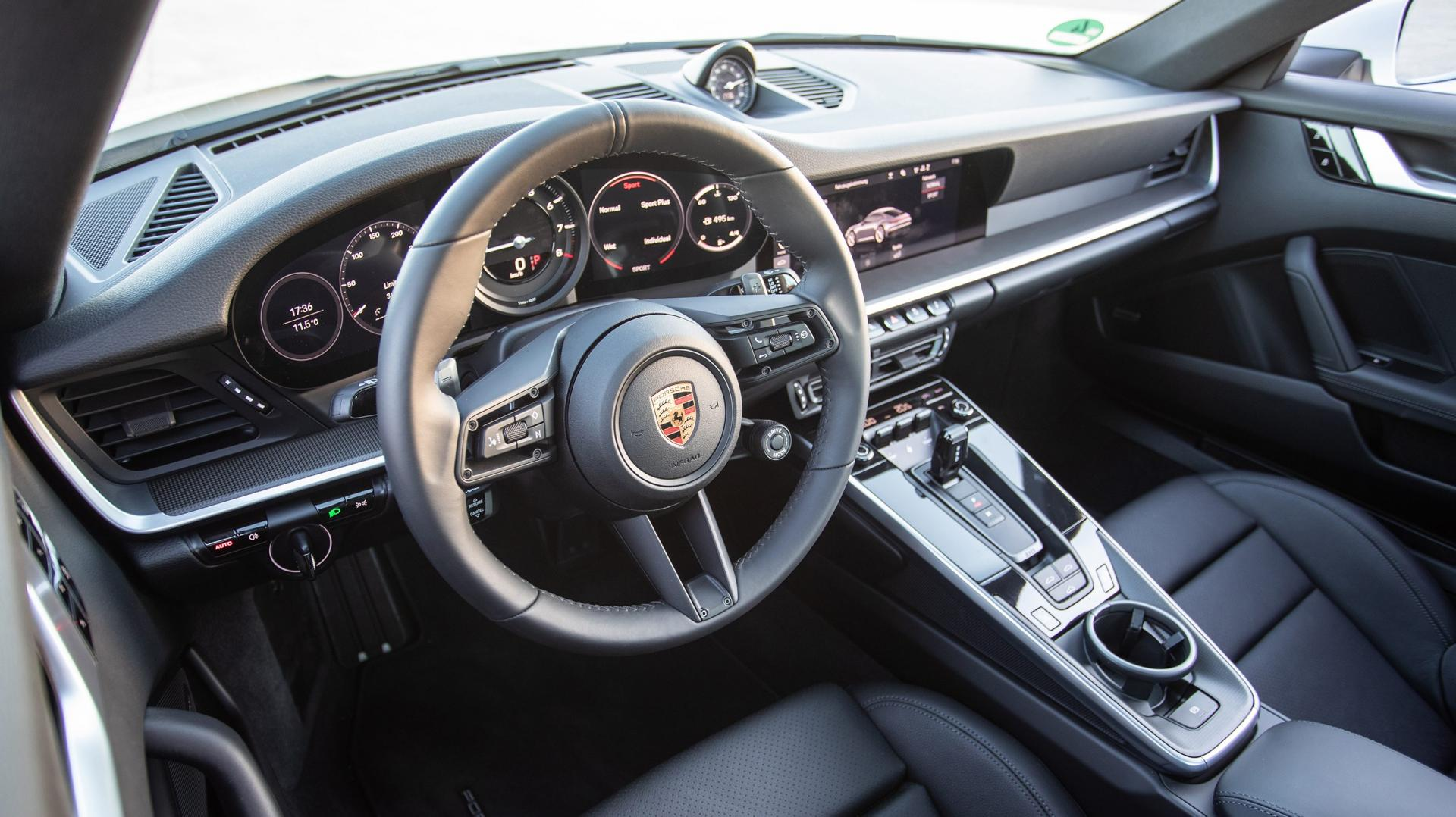 Porsche 911 Carrera 4S Sport Plus interieur dashboard