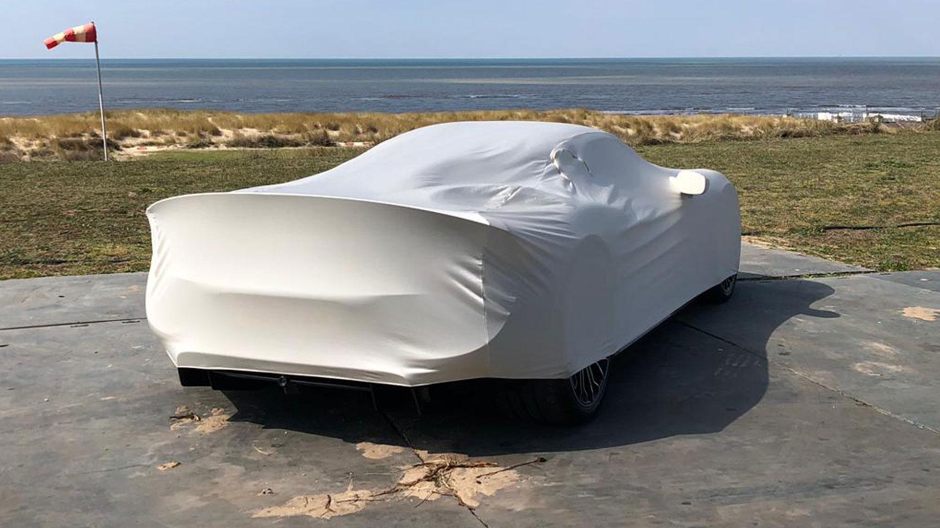 Porsche 918 Spyder onder doek