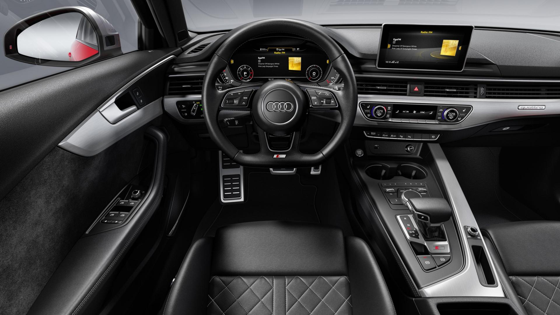 Audi S4 TDI Misano red interieur