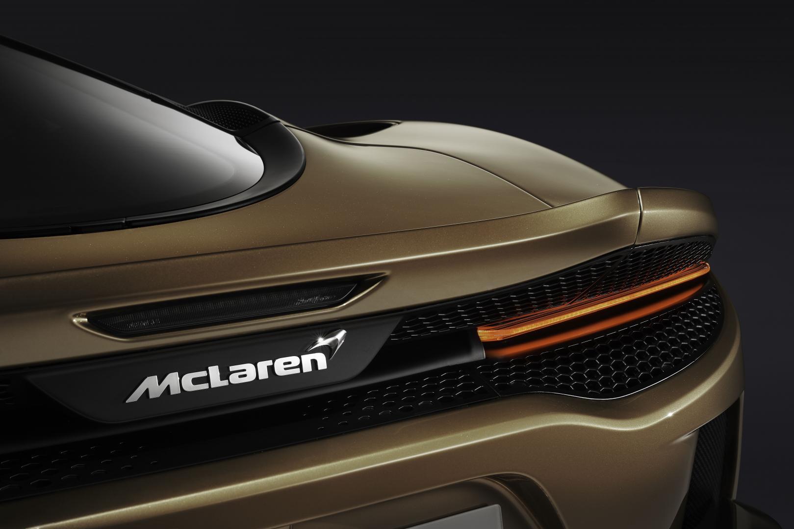 McLaren GT achterlicht