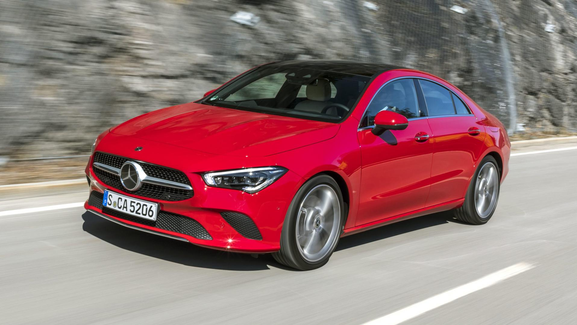 Mercedes CLA 200 coupe rood