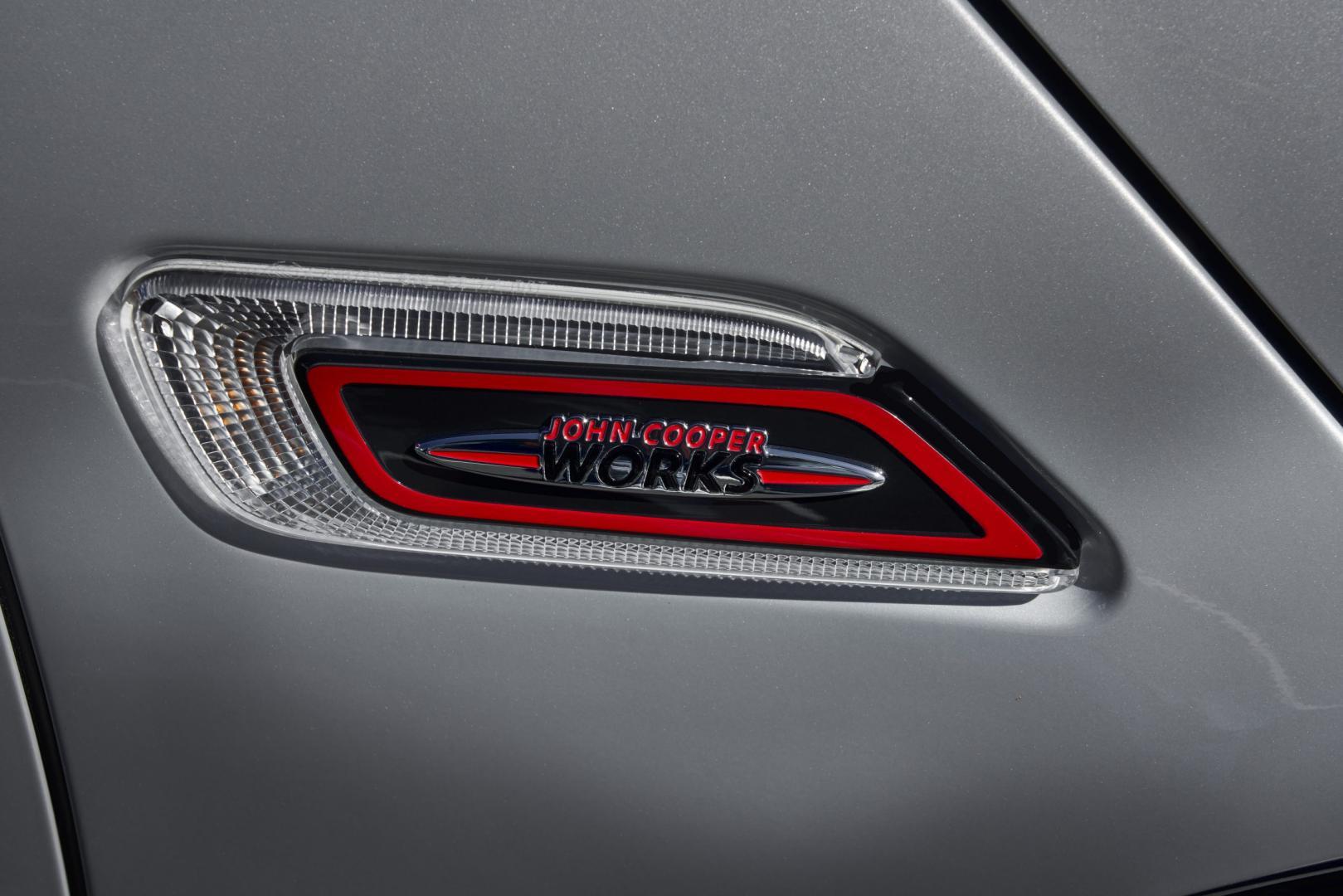 Mini Clubman JCW knipperlicht badge